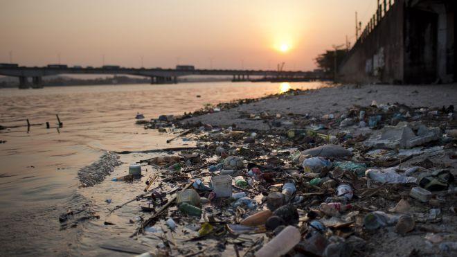 Brazil_Polluted_Olymp_beach